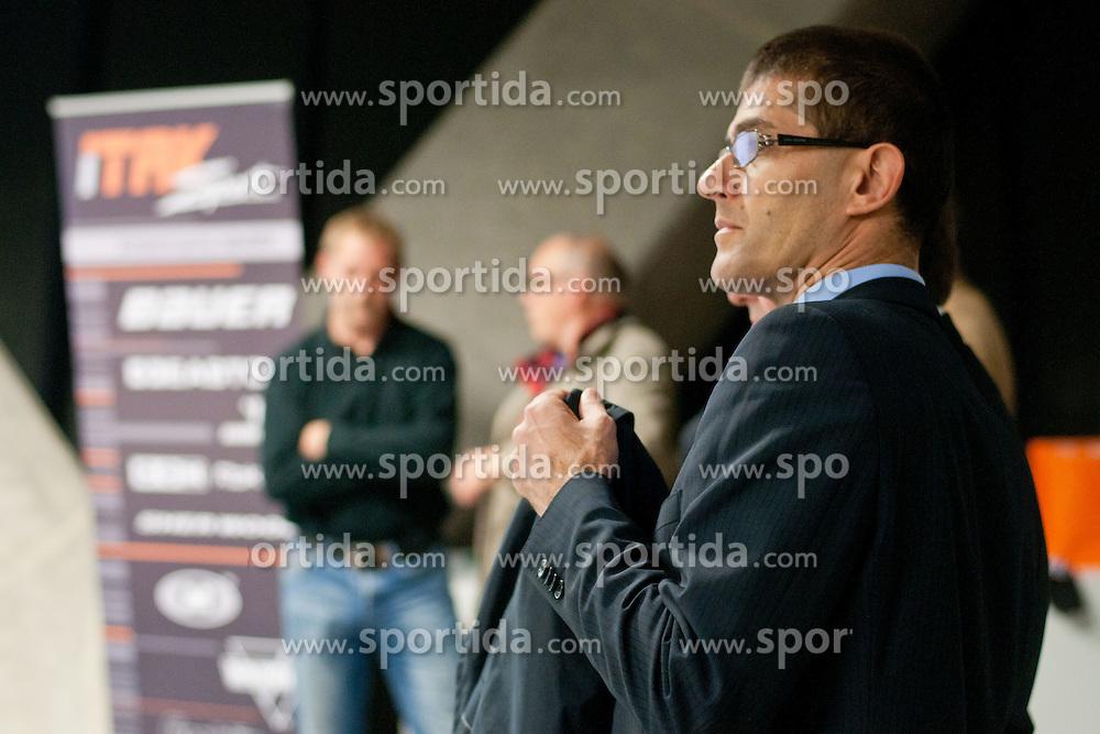 Matjaz Rakovec na okrogli mizi na 1. slovenskem hokejskem forumu v organizaciji SportForum Slovenija, November 30, 2011, Kristalna Palaca, BTC City, Ljubljana, Slovenija. (Photo By Matic Klansek Velej / Sportida)