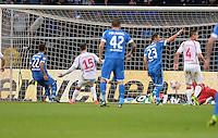 Fussball 1. Bundesliga 2012/2013: Relegation  Bundesliga / 2. Liga  TSG 1899 Hoffenheim  - 1. FC Kaiserslautern          23.05.2013 Roberto Firmino (TSG 1899 Hoffenheim) erzielt das Tor zum 2:0