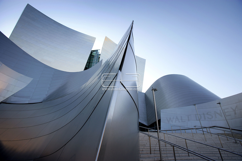 16th February 2008, Los Angeles, California. The Frank Gehry-designed, Walt Disney Concert Hall, located in the downtown area of Los Angeles. The building was competed in 2003, at an estimated cost of $274 million,.PHOTO © JOHN CHAPPLE / REBEL IMAGES.john@chapple.biz    www.chapple.biz