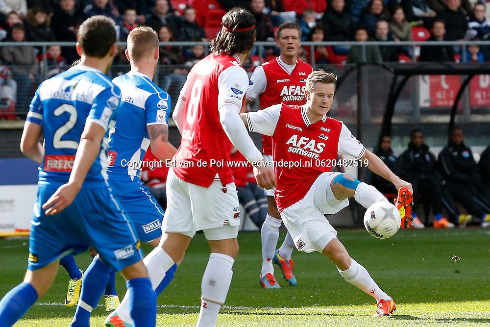 ALKMAAR - 23-03-2014, voetbal, eredivisie, AZ - PEC Zwolle, AFAS Stadion, 2-1, AZ speler Mattias Johansson (r).