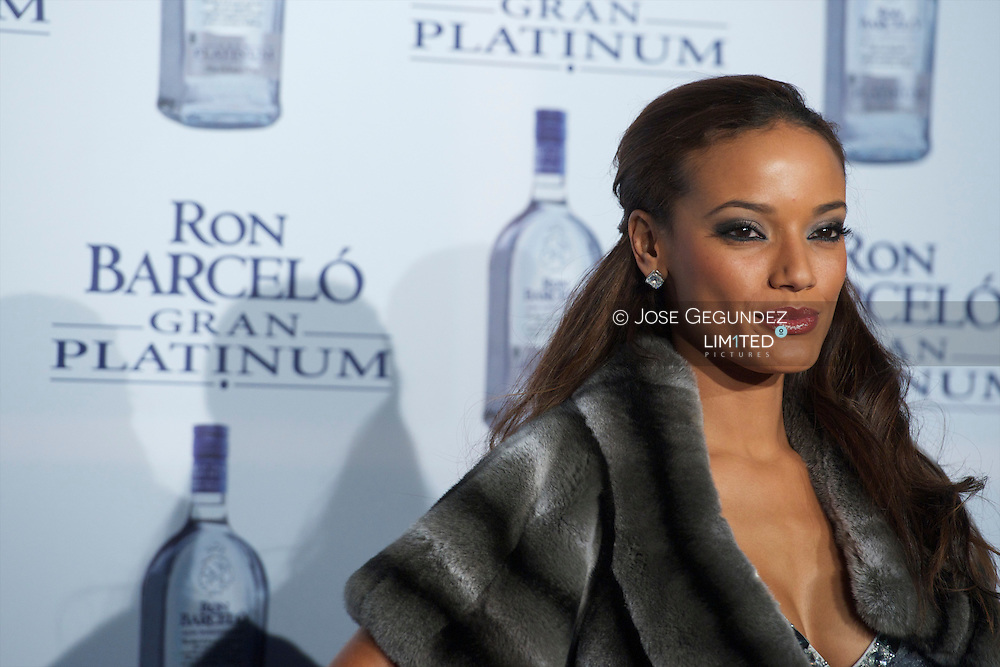 Selita Ebanks attends the photocall Ron Barcelo has Platinium