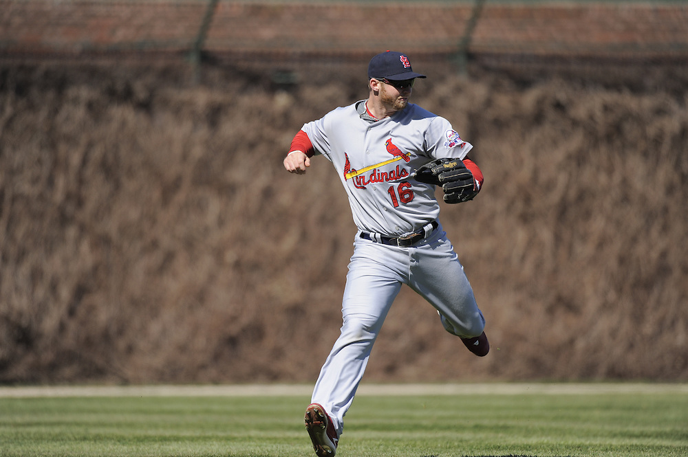 CHICAGO - APRIL 16:  Chris Duncan #16 of the St. Louis Cardinals misplays a fly ball for an error in the sixth inning against the Chicago Cubs on April 16, 2009 at Wrigley Field in Chicago, Illinois.  The Cardinals defeated the Cubs 7-4.  (Photo by Ron Vesely)