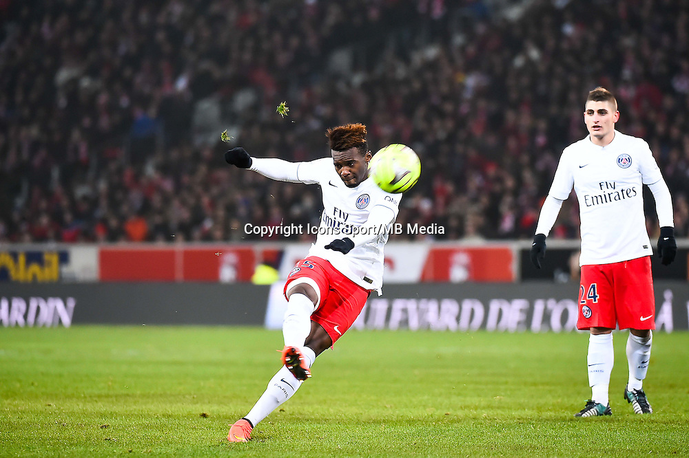 Jean Christophe BAHEBECK - 03.12.2014 - Lille / Paris Saint Germain - 16eme journee de Ligue 1 -<br />Photo : Fred Porcu / Icon Sport