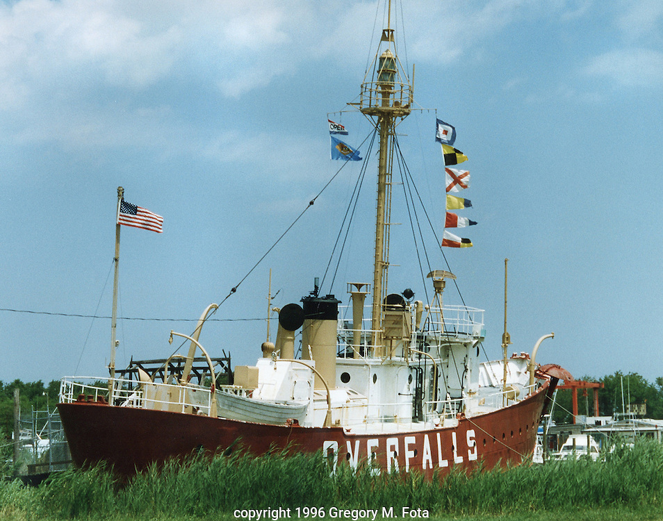 "LIGHTSHIP ""Overfalls"" - sits at a pier in Lewes,DE. Now decomissioned, and serving as a nautical museum, it once kept ships safe on the stormy seas of the Atlantic Ocean. 07171996.(Available for purchase- 11X14 print.Call for pricing)"