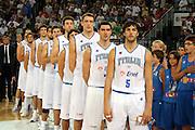 DESCRIZIONE : Roma Amichevole preparazione Eurobasket 2007 Italia Grecia <br /> GIOCATORE : Team Nazionale Italiana Uomini<br /> SQUADRA : Nazionale Italia Uomini <br /> EVENTO : Amichevole preparazione Eurobasket 2007 Italia Grecia <br /> GARA : Italia Grecia <br /> DATA : 30/08/2007 <br /> CATEGORIA : Palleggio<br /> SPORT : Pallacanestro <br /> AUTORE : Agenzia Ciamillo-Castoria/G.Ciamillo