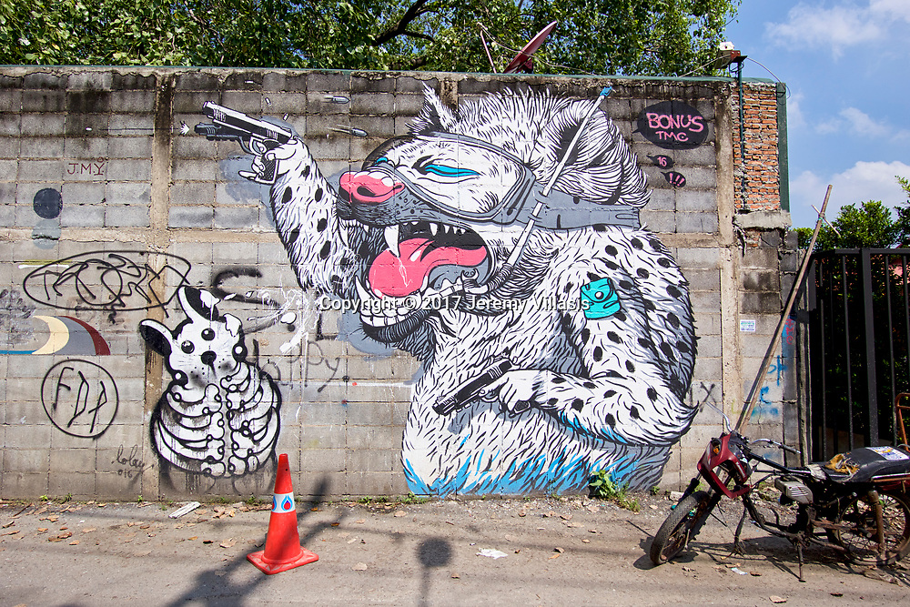 Car with gun by Bonus TMC and Rodent Skeleton by Lolay, Charoen Krung 32
