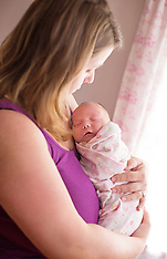 Violet's Lifestyle Newborn Session