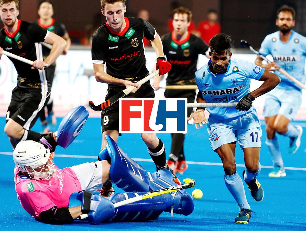 Odisha Men's Hockey World League Final Bhubaneswar 2017<br /> Match id:21<br /> India v Germany<br /> Foto: keeper Tobias Walter (Ger) and Sumit (Ind) <br /> WORLDSPORTPICS COPYRIGHT KOEN SUYK