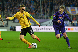 01.04.2019, Sparkassen Erzgebirgsstadion, Aue, GER, 2. FBL, FC Erzgebirge Aue vs SG Dynamo Dresden, 27. Runde, im Bild Zweikampf zwischen Linus Wahlqvist (SG Dynamo Dresden) li. und Philipp Zulechner (FC Erzgebirge Aue) re. // during the German 2. Bundesliga 27th round match between FC Erzgebirge Aue and SG Dynamo Dresden at the Sparkassen Erzgebirgsstadion in Aue, Germany on 2019/04/01. EXPA Pictures © 2019, PhotoCredit: EXPA/ Eibner-Pressefoto/ Bert_Harzer<br /> <br /> *****ATTENTION - OUT of GER*****