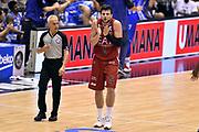 DESCRIZIONE : Milano Lega A 2014-15 EA7 Emporio Armani Milano vs Banco di Sardegna Sassari playoff Semifinale gara 7 <br /> GIOCATORE : Alessandro Gentile Roberto Chiari<br /> CATEGORIA : delusione arbitro fairplay<br /> SQUADRA : EA7 Emporio Armani Milano arbitro<br /> EVENTO : PlayOff Semifinale gara 7<br /> GARA : EA7 Emporio Armani Milano vs Banco di Sardegna SassariPlayOff Semifinale Gara 7<br /> DATA : 10/06/2015 <br /> SPORT : Pallacanestro <br /> AUTORE : Agenzia Ciamillo-Castoria/GiulioCiamillo<br /> Galleria : Lega Basket A 2014-2015 Fotonotizia : Milano Lega A 2014-15 EA7 Emporio Armani Milano vs Banco di Sardegna Sassari playoff Semifinale  gara 7 Predefinita :