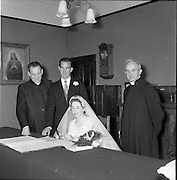 01/08/1956<br />