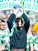 24/05/15 SCOTTISH PREMIERSHIP<br /> CELTIC v INVERNESS CT<br /> CELTIC PARK - GLASGOW<br /> Celtic manager Ronny Deila celebrates with the Scottish Premiership trophy