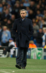 21.11.2012, Etihad Stadium, Manchester, ENG, UEFA Champions League, Manchester City vs Real Madrid, Gruppe D, im Bild Real Madird CF's head coach Jose Mourinho looks unhappy with the added time during during UEFA Champions League group D match between Manchester City and Real Madrid CF at the Etihad Stadium, Manchester, Great Britain on 2012/11/21. EXPA Pictures © 2012, PhotoCredit: EXPA/ Propagandaphoto/ David Rawcliffe..***** ATTENTION - OUT OF ENG, GBR, UK *****