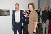HANS ULRICH-OBRIST; YOKO ONO; JULIA PEYTON-JONES, Yoko Ono.- to the Light. Serpentine Gallery. London. 19 June 2012.
