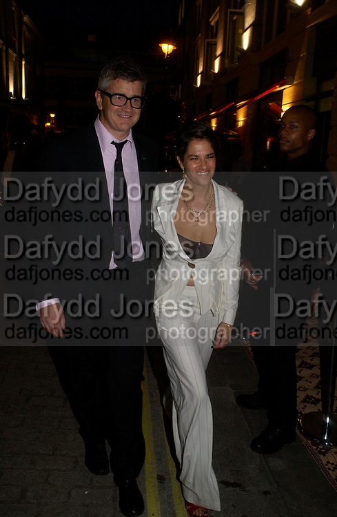 Jay Jopling and Tracey Emin. Tracey Emin's ' When I Think about Sex' exhibition after-party. Momo. Heddon St. London. 26 May 2005. ONE TIME USE ONLY - DO NOT ARCHIVE  © Copyright Photograph by Dafydd Jones 66 Stockwell Park Rd. London SW9 0DA Tel 020 7733 0108 www.dafjones.com