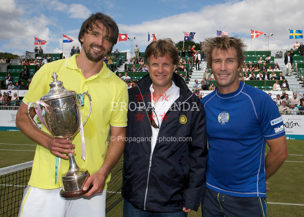 LIVERPOOL, ENGLAND - Thursday, June 12, 2008: L-R: Goran Ivanisevic (CRO), Tournament Director Anders Borg and Pat Cash (AUS) at the Tradition-ICAP Liverpool International Tennis Tournament at Calderstones Park. (Photo by David Rawcliffe/Propaganda)