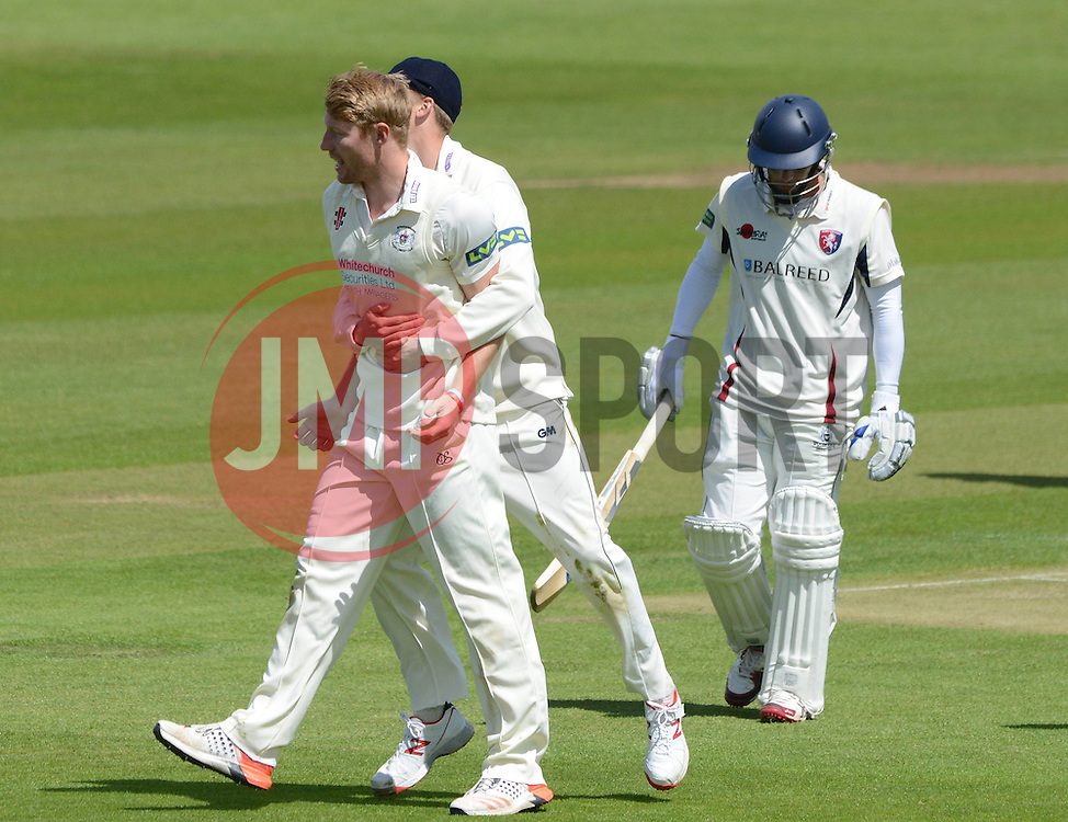 Liam Norwell of Gloucestershire celebrates after getting Brendan Nash out - Photo mandatory by-line: Dougie Allward/JMP - Mobile: 07966 386802 - 19/05/2015 - SPORT - Cricket - Bristol - County Ground - Gloucestershire v Kent - LV=County Cricket Division 2