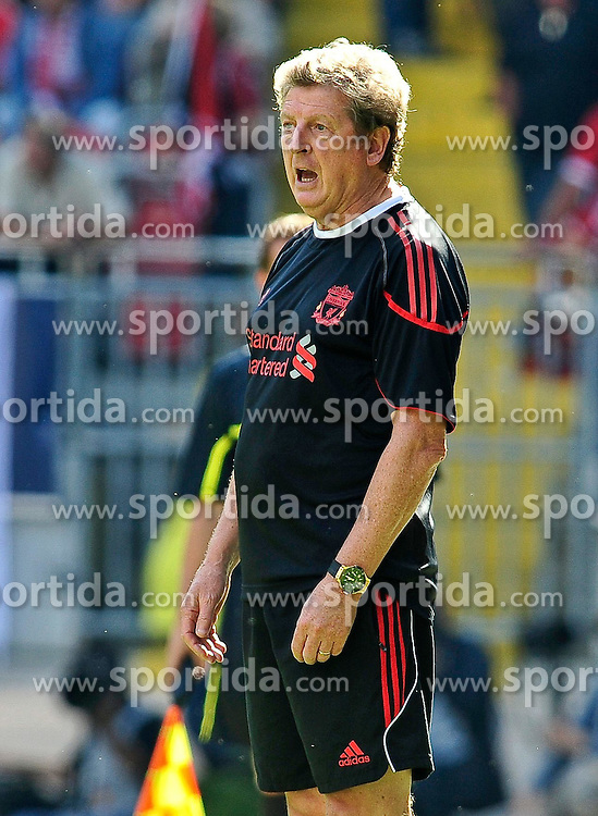 24.07.2010, Fritz-Walter Stadion, Kaiserslautern, GER, 1. FBL, Friendly Match, 1.FC Kaiserslautern vs FC Liverpool, im Bild Roy HODGSON (Trainer Liverpool), Hochformat / Upright Format, Freisteller, EXPA Pictures © 2010, PhotoCredit: EXPA/ nph/  Roth+++++ ATTENTION - OUT OF GER +++++ / SPORTIDA PHOTO AGENCY