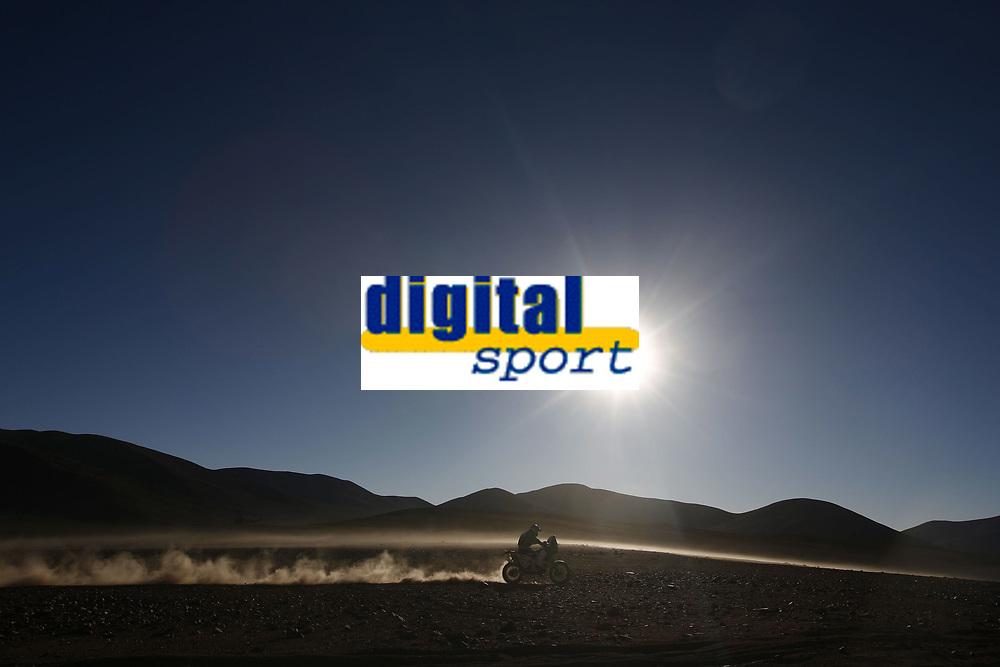 MOTORSPORT - DAKAR ARGENTINA CHILE 2010 - STAGE 8 - ANTOFAGASTA (CHI) / COPIAPO (CHI) - 10/01/2010- PHOTO : FRANCOIS FLAMAND / DPPI<br /> 4 - PAL ULLEVALSETER  ( NOR ) - KTM   - ACTION