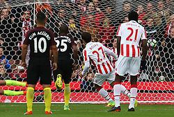 Bojan Krkic of Stoke City scores his sides first goal from the penalty spot - Mandatory by-line: Matt McNulty/JMP - 20/08/2016 - FOOTBALL - Bet365 Stadium - Stoke-on-Trent, England - Stoke City v Manchester City - Premier League