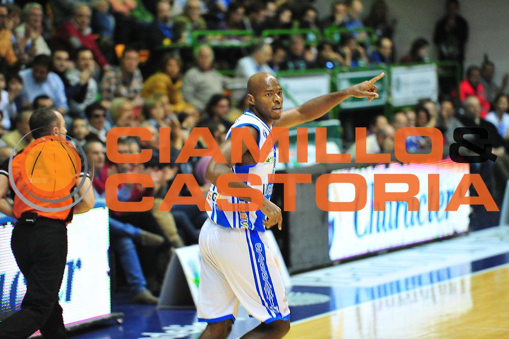 DESCRIZIONE : LegaBasket Serie A 2013-14 Dinamo Banco di Sardegna Sassari - Grissin Bon Reggio Emilia<br /> GIOCATORE : Caleb Green<br /> CATEGORIA : Esultanza<br /> SQUADRA :  Dinamo Banco di Sardegna Sassari<br /> EVENTO : Campionato Serie A 2013-14<br /> GARA : Dinamo Banco di Sardegna Sassari - Grissin Bon Reggio Emilia<br /> DATA : 08/12/2013<br /> SPORT : Pallacanestro <br /> AUTORE : Agenzia Ciamillo-Castoria / M.Turrini<br /> Galleria : Lega Basket Serie A Beko 2013-2014  <br /> Fotonotizia : LegaBasket Serie A 2013-14 Dinamo Banco di Sardegna Sassari - Grissin Bon Reggio Emilia<br /> Predefinita :