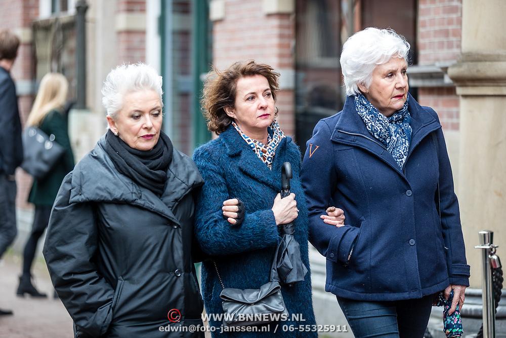 NLD/Amsterdam//20170309 - Herdenkingsdienst Guus Verstraete, Anne Will Blankers en Anne-Mieke Ruyten en Doris Baten