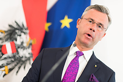 27.03.2019, Bundeskanzleramt, Wien, AUT, Bundesregierung, Pressefoyer nach Sitzung des Ministerrats, im Bild Bundesminister für Verkehr, Innovation und Technologie Norbert Hofer (FPÖ) // Austrian Minister for Transport, Innovation and Technology Norbert Hofer during media briefing after cabinet meeting at federal chancellors office in Vienna, Austria on 2019/03/27 EXPA Pictures © 2019, PhotoCredit: EXPA/ Michael Gruber