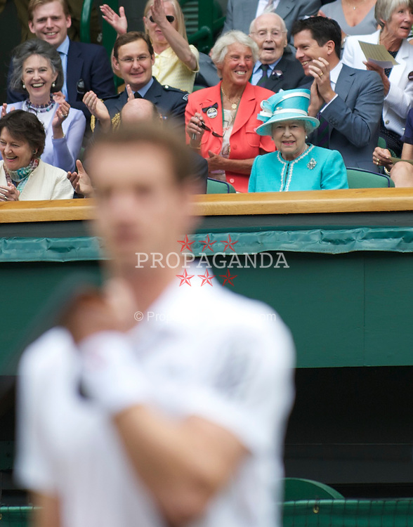 LONDON, ENGLAND - Thursday, June 24, 2010: HRH Queen Elizabeth II (Elizabeth Alexandra Mary) looks on after Andy Murray bowed before the Gentlemen's Singles 2nd Round on day four of the Wimbledon Lawn Tennis Championships at the All England Lawn Tennis and Croquet Club. (Pic by David Rawcliffe/Propaganda)