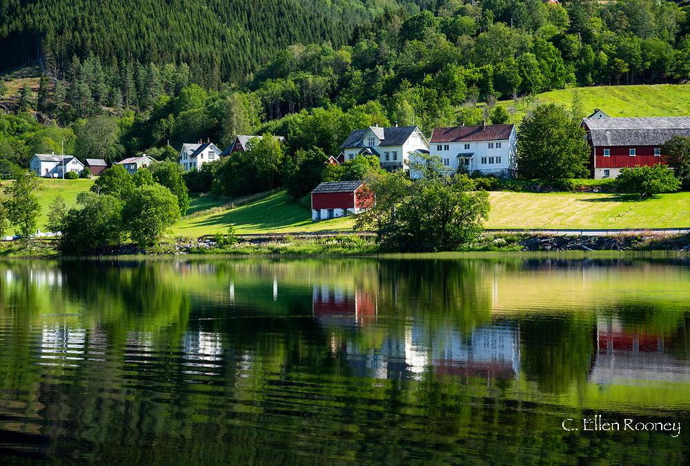 Lake Granvinvatnet, Hordaland, Vestlandet, Norway, Europe