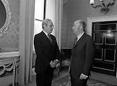 1983 - President Hillery Welcomes UN Secretary General Perez de Cuellar