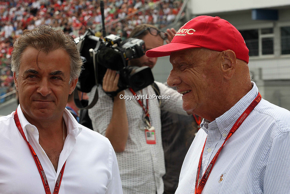 &copy; Photo4 / LaPresse<br /> 31/07/2016 Hockenheim, Germany<br /> Sport <br /> Grand Prix Formula One Germany 2016<br /> In the pic: Jean Alesi (FRA) and Nikki Lauda (AU), Mercedes