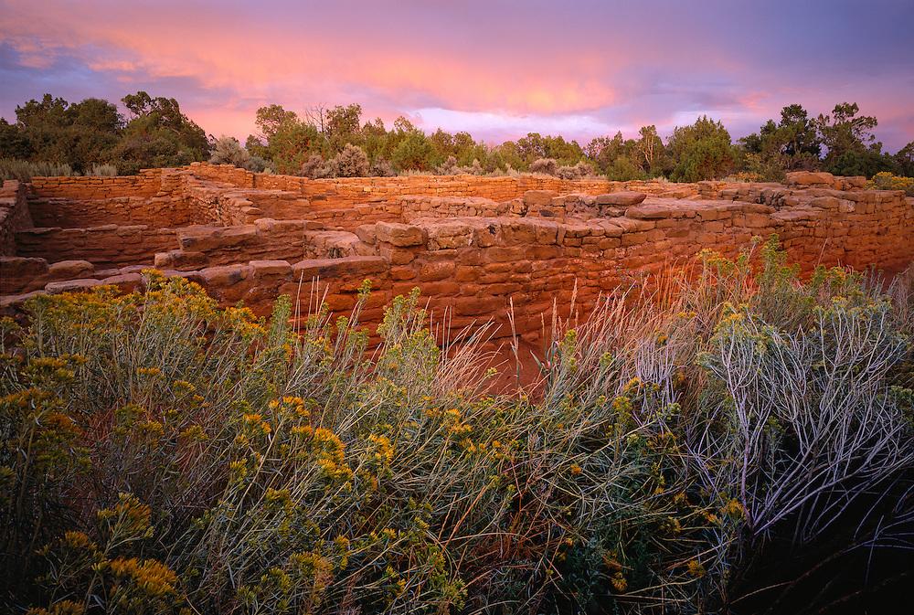 0405-1000 ~ Copyright: George H. H. Huey ~  Pipe Shrine House Pueblo. Mesa Verde national Park, Colorado.