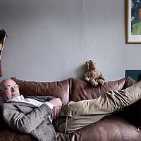 Nederland, Haarlem , 25 maart 2014.<br /> Beeldend theatermaker Rieks Swarte (1949) is sinds eind jaren '60 actief als vormgever, regisseur en (poppen)speler in het theater, met de Toneelschuur in Haarlem als vaste speelplek. In 1992 heeft hij de Firma Rieks Swarte opgericht. Met dit gezelschap maakt hij vrije voorstellingen die zich kenmerken door een unieke combinatie van het theatrale en het beeldende.<br /> <br /> Foto:Jean-Pierre Jans