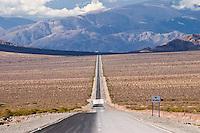 RECTA DEL TINTIN, PARQUE NACIONAL LOS CARDONES, PROV. DE SALTA, ARGENTINA