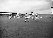 Neg No: 860/a1769-a1778,..4091955AISHCF,..04.09.1955, 09.04.1955, 4th September 1955,.All Ireland Senior Hurling Championship - Final,..Wexford.03-13,.Galway.02-08,..