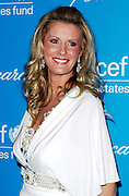Sandra Lee poses at the 2009 UNICEF Snowflake Ball Arrivals in New York City on December 2, 2009.