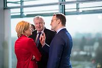 DEU, Deutschland, Germany, Berlin, 08.01.2020: Bundesinnenminister Horst Seehofer (CSU) mit Bundeslandwirtschaftsministerin Julia Klöckner (CDU) und Bundesgesundheitsminister Jens Spahn (CDU) vor Beginn der 80. Kabinettsitzung im Bundeskanzleramt.