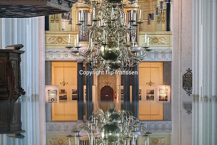 Nederland, Nijmegen, 3-4-2017St Stephanuskerk of Stevenskerk in het centrum van de stad. Expositie van werk, fotografie, van Flip Franssen.Foto: Flip Franssen