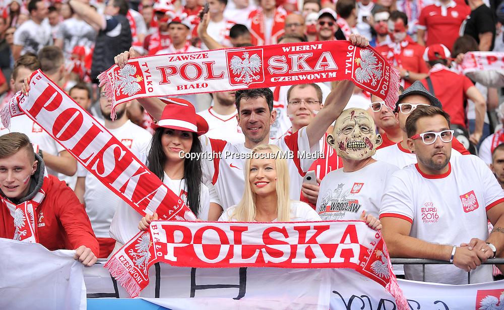2016.06.16 Saint-Denis<br /> Pilka nozna Euro 2016<br /> mecz grupy C Polska - Niemcy<br /> N/z Kibice Polski Fans Poland<br /> Foto Lukasz Laskowski / PressFocus<br /> <br /> 2016.06.16 Saint-Denis<br /> Football UEFA Euro 2016 group C game between Poland and Germany<br /> Kibice Polski Fans Poland<br /> Credit: Lukasz Laskowski / PressFocus