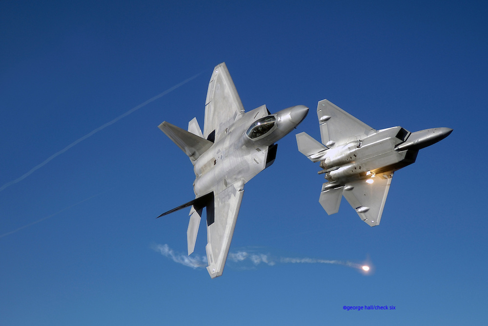 F-22 flares