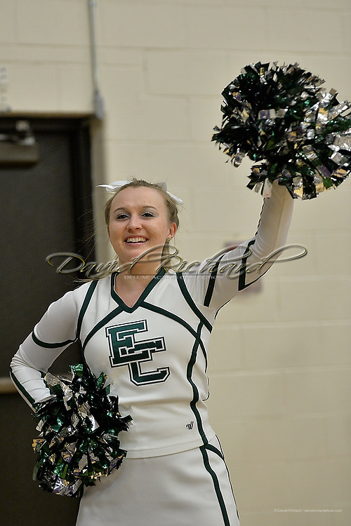 Elyria Catholic at Vermilion boys varsity basketball on January 30, 2015. Images copyright © David Richard and may not be copied, posted, published or printed without permission.