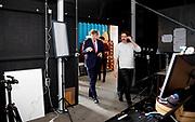 Koning Willem Alexander brengt werkbezoek aan creatieve broedplaats Sectie-C in Eindhoven samen met burgemeester John Jorritsma van Eindhoven een werkbezoek gebracht aan Sectie-C in het stadsdeel Tongerle. Het werkbezoek was gewijd aan de rol die de creatieve gemeenschap heeft voor de economie en samenleving van de stad en regio Eindhoven. Sectie-C is een broedplaats op het oude fabrieksterrein van Stork