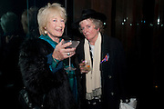 TORY LAURENCE; MAGGI HAMBLING , Launch of Nicky Haslam's book Redeeming Features. Aqua Nueva. 5th floor. 240 Regent St. London W1.  5 November 2009.  *** Local Caption *** -DO NOT ARCHIVE-© Copyright Photograph by Dafydd Jones. 248 Clapham Rd. London SW9 0PZ. Tel 0207 820 0771. www.dafjones.com.<br /> TORY LAURENCE; MAGGI HAMBLING , Launch of Nicky Haslam's book Redeeming Features. Aqua Nueva. 5th floor. 240 Regent St. London W1.  5 November 2009.