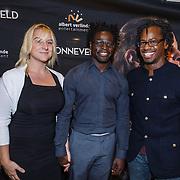 NLD/Utrecht\/20131027 -Premiere musical Sonneveld, Michiel Blankwaardt en partner en Rogier Komproe