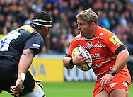 Tom Youngs of Leicester Tigers takes on Nathan Hughes of Wasps  during the Aviva Premiership match at the Ricoh Arena, Coventry<br /> Picture by Michael Whitefoot/Focus Images Ltd 07969 898192<br /> 09/05/2015