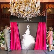 NLD/Apeldoorn/20150409 - opening Sisi tentoonstelling Paleis het Loo in Apeldoorn door Pr. Margriet,