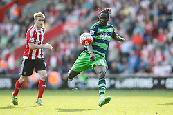 Swansea City's Eder shoots from a far - Mandatory by-line: Jason Brown/JMP - 07966 386802 - 26/09/2015 - FOOTBALL - Southampton, St Mary's Stadium - Southampton v Swansea City - Barclays Premier League