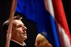 18-04-2015 NED: Fed Cup Nederland - Australie, Den Bosch<br /> Op het gravelcourt van de Maaspoort speel Nederland voor een ticket naar de wereldgroep / Kiki Bertens zet Nederland op een 1-0 voorsprong - Teamcaptain Paul Haarhuis