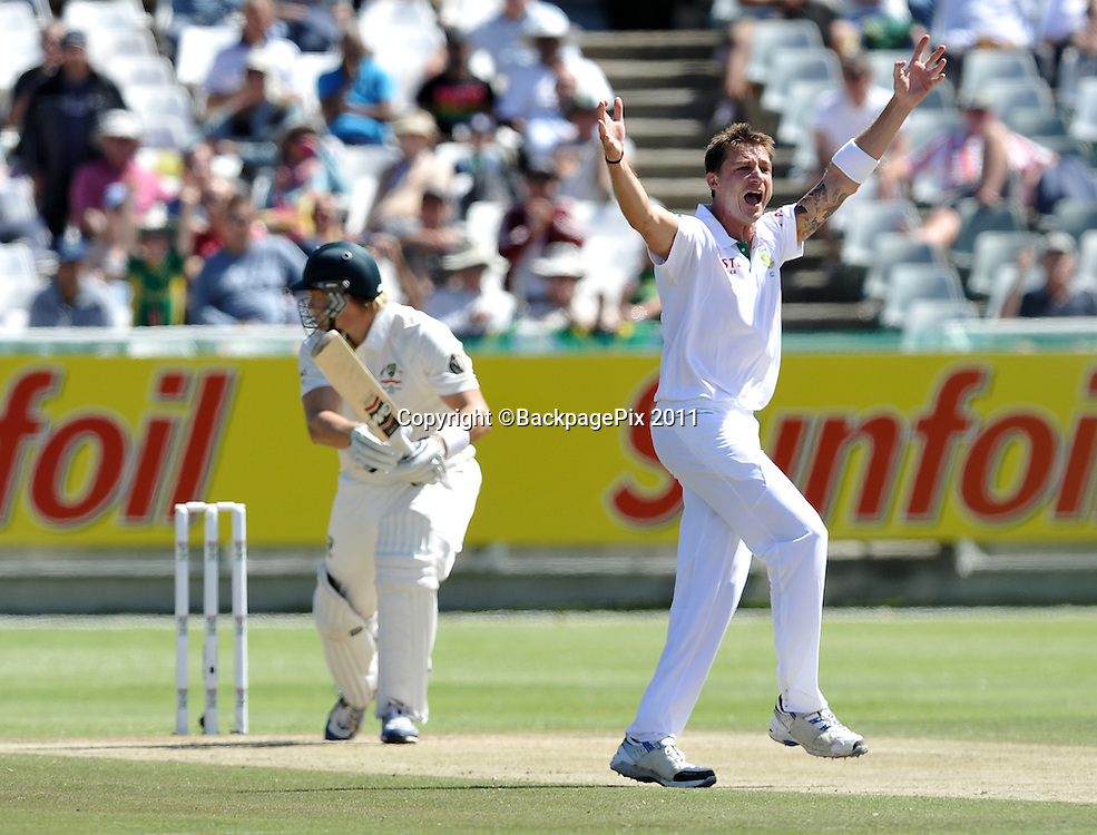 Dale Steyn of South Africa gets the wicket of Shane Watson of Australia. South Africa v Australia, first test, day 2, Newlands, South Africa. 10 November 2011<br /> <br /> <br /> &copy;Ryan Wilkisky/BackpagePix