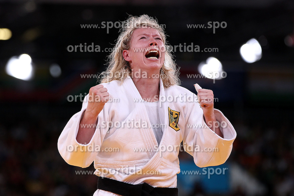 01.08.2012, ExCeL Exhibition Centre, London, GBR, Olympia 2012, Judo, im Bild Kerstin Thiele vs Fei Chen // during Judo, at the 2012 Summer Olympics at ExCeL Exhibition Centre, London, United Kingdom on 2012/08/01. EXPA Pictures © 2012, PhotoCredit: EXPA/ Insidefoto/ Paolo Nucci..***** ATTENTION - for AUT, SLO, CRO, SRB, SUI and SWE only *****
